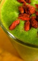 Green Smoothie Recipes: Easy to Make and Clean Up After!