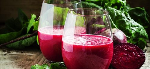 green-smoothie-with-beets